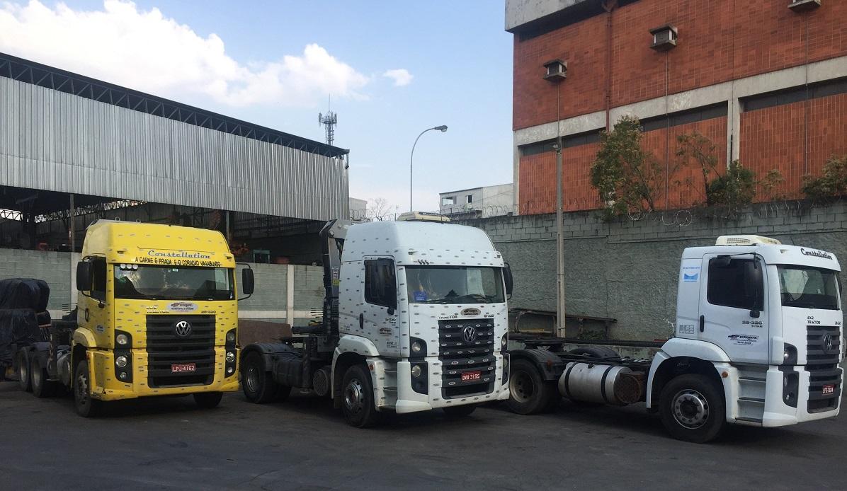 Carreta com Guindaste Articulado - capacidade: 25 à 50 toneladas métricas - Munck