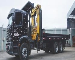 Caminhão Guindaste articulado - capacidade 55 toneladas métricas